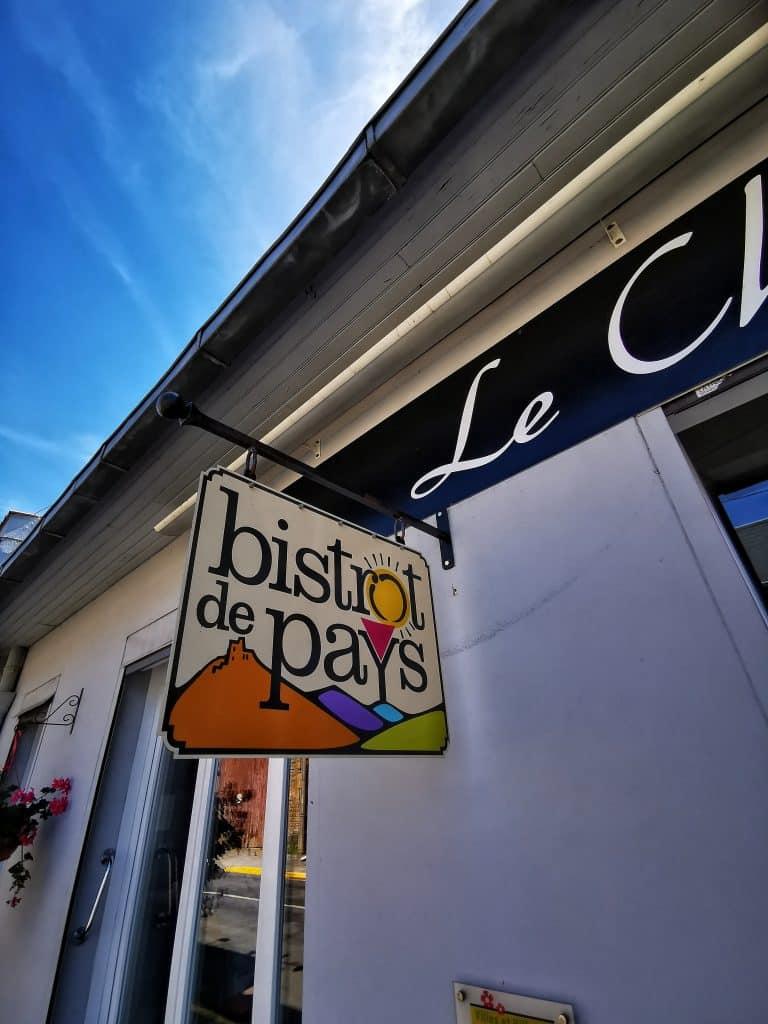 Le Cheval Blanc, où manger à Naours ?