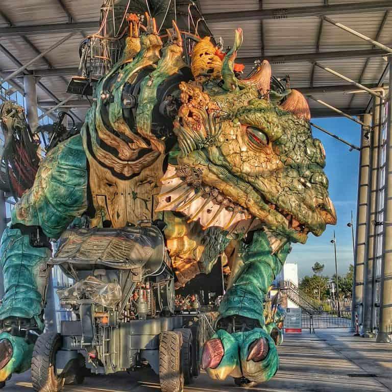 Read more about the article Visiter Calais à dos de dragon ?